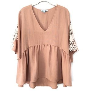 ✨ Peach/ Nude Flowy V-neck with Lace Detail Blouse